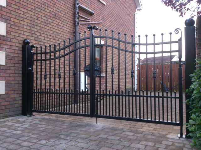 A recent set of gates manufactured by Electric Gates Ireland.